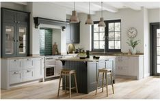 82 kitchen design and decoration design models that are right for your home kitchen design inspiration - frasesdemoda . Shaker Kitchen Doors, Grey Shaker Kitchen, Shaker Style Kitchens, Home Kitchens, Shaker Doors, Kitchen Cabinets, Light Grey Kitchens, Modern Country Kitchens, Modern Kitchen Design