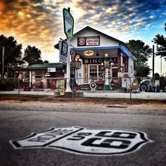 Stunning photo from Route 66. We love hearing all the stories from Gary's Gay Parita Sinclair station, keep them coming! http://sinclairmemories.com/?utm_source=Pinterest&utm_medium=Social&utm_campaign=SYM