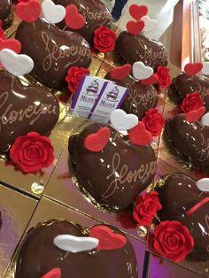 Ζαχαροπλαστείο Μελίνα Cake, Desserts, Food, Pie Cake, Tailgate Desserts, Pie, Deserts, Cakes, Essen