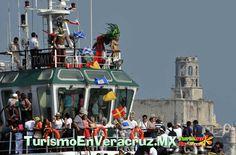 Ilumina la corte real el tradicional desfile náutico