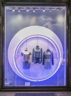CALVIN KLEIN 'UP IN THE CLOUDS' SUMMER WINDOW DISPLAY BY STUDIOXAG  More photos: http://thebwd.com/calvin-klein-up-in-the-clouds-summer-window-display-by-studioxag/