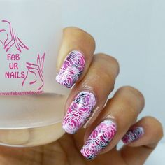 This smooshy combo said floral to me so did some floral stamping using my new fab ur nails jumbo clear stamper. Seriously the stamper is going to change my nail stamping life! It's perfect for my curved nails and ideal for full nail stamping. Picks up beautifully doesn't distort the image. I love it!!!    Details: Barry M shocking pink and coconut Rimmel 60 seconds black @faburnails clear jumbo stamper @pueencosmetics lace blossom stamping plate Konad white stamping polish HK glisten and…