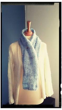 Mijn creatieve hoekje: Lichtblauwe sjaal.