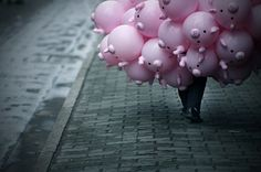~*~   pig balloons