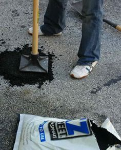 Driveway repair should you patch resurface or replace home do it yourself driveway repair solutioingenieria Gallery