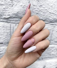 Fantastic Pretty nails are offered on our site. Acrylic Nails Coffin Short, Simple Acrylic Nails, Almond Acrylic Nails, Best Acrylic Nails, Almond Nails, Edgy Nails, Chic Nails, Stylish Nails, Swag Nails