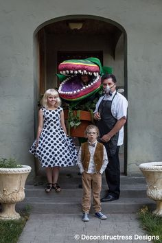 This family is doing it right. #halloween #costume