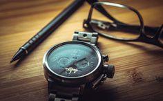 👌 Silver Black Round Chronograph Watch - get this free picture at Avopix.com    🆕 https://avopix.com/photo/33888-silver-black-round-chronograph-watch    #compass #navigational instrument #instrument #watch #device #avopix #free #photos #public #domain