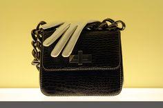 450437b216 It's A Dangerous World For An Expensive Handbag - A Madison Mom. Silvia · Borse  firmate