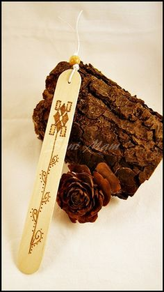 Bookmark - Wood - Natural - Pyrography - Flower (B)