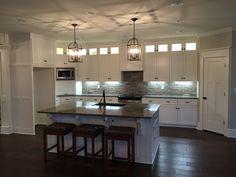 Beautiful custom kitchen!!