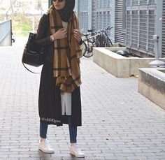 scarf sporty hijab look, Sporty hijab street style www.justtrendygir… scarf sporty hijab look, Sporty hijab street style www. Islamic Fashion, Muslim Fashion, Modest Fashion, Fashion Wear, Hijab Casual, Hijab Chic, Modest Wear, Modest Outfits, How To Wear Hijab