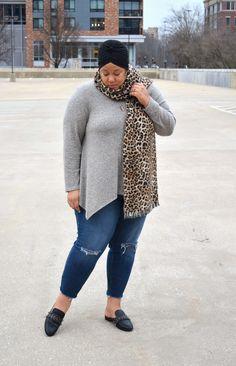 Ripped Deinim & Sweater