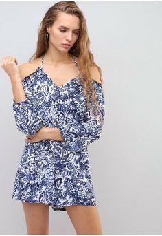 0d805646cdf I SAW IT FIRST Cold Shoulder Floral Print Playsuit Blue Size UK 10 DH088 GG  11