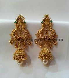 Gold Chandbali Jhumka Ruby & Emerald with hanging Pearls Gold Jhumka Earrings, Indian Jewelry Earrings, Jewelry Design Earrings, Gold Earrings Designs, Gold Jewellery Design, Bridal Jewelry, India Jewelry, Jewelry Stand, Antique Jewellery