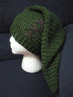 "Syney! my list of things for your crafty fingers to make me is growing! ;P ""Link Hat"""