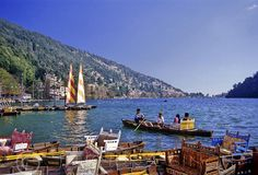 is a in Nanital district in the foothills of the outer Himalayas in India. is the most in Nanital and the name of this hill station is derived from Nani lake. Weather and picture of this hill station are the best reason for you to visit nanital. Station Balnéaire, Hill Station, 2 Days Trip, India Holidays, Best Travel Deals, India Travel, Travel Photographer, Day Tours, Best Hotels