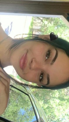 Find images and videos about girl, smile and singer on We Heart It - the app to get lost in what you love. Maggie Lindemann, Natural Face, Natural Makeup, Pretty Girls, Cute Girls, Tmblr Girl, Selfie Poses, Selfies, Bad Girl Aesthetic
