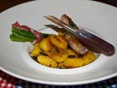 Saftiges Iberico Schweine Steak mit Pata Negra Bohnen-Bündchen