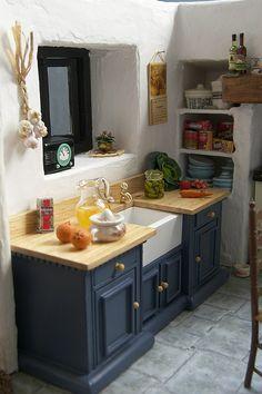 miniature Cornish Kitchen, Magpie Cottage | Flickr .... .. -12