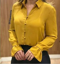 The Best Long Sleeve Dresses For Fall 2019 Party Dresses Uk, Designer Party Dresses, Moda Fashion, Fashion Wear, Casual Work Outfit Summer, Plus Size Fall Fashion, Blouse Dress, Casual Tops, Blouse Designs