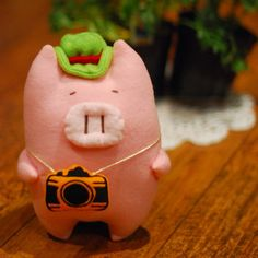 Yoyo Piggie Plushy  by Sunmi Myers $20
