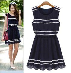 Fashion Round Neck Sleeveless Dress