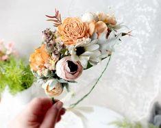Wedding Flower Crowns and Bridal Headpieces от LisaUaShop на Etsy Floral Crown Wedding, Wedding Flowers, Wrist Corsage, Bridal Headpieces, Baby Headbands, Hair Pins, Blush Pink, Etsy Seller, Flower Crowns