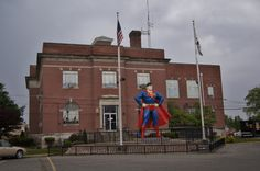 Superman statue in Metropolis, Illinois