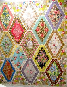 Brigitte Giblin's hexies - I've already pinned it but just couldn't help from adding a second view. Soooo loverly.