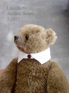 Lincoln by Aerlinn bears