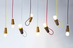'Sininho'  a minimal cork pendant lamp that can work up or down - mendes'macedo for Galula