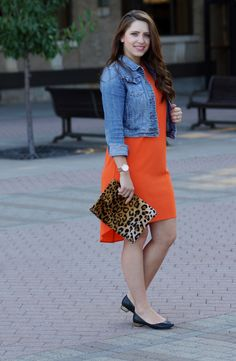 Orange Shift, fall layers, transition summer dress into fall, leopard clutch //Happy Medley