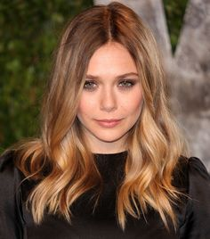 Perfect mid length hair!! Elizabeth Olsen