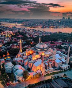 Welcome to Istanbul, Turkey. Istanbul City, Istanbul Travel, Beautiful Mosques, Beautiful Places, Travel Images, Travel Pictures, Hagia Sophia Istanbul, Sainte Sophie, Turkey Country