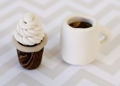 Today I'm going to show you How to Make Polymer Clay Coffee Cups! These so cute and you can change the colors to match any popular drink! Activities For Kids, Crafts For Kids, Polymer Project, Popular Drinks, Play Clay, Cute Little Things, Crafty Kids, Polymer Clay Creations, Air Dry Clay