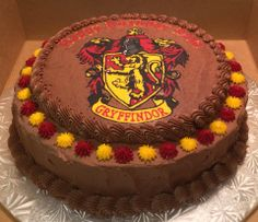 Harry Potter, Gryffindor, Frozen Buttercream Transfer, Design by Janice Pullicino #FBCT