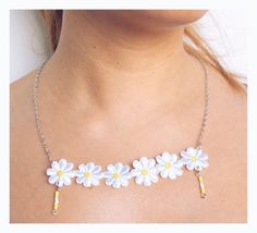 Daisy Necklace - IHI Hey Summer Collection - via VANILLA VICE. Click on the image to see more!