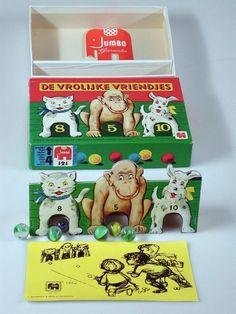 De vrolijke vriendjes – Best Baby And Baby Toys My Childhood Memories, Childhood Toys, Sweet Memories, Bear Cartoon, Cartoon Memes, Vintage Games, Vintage Toys, Cartoon Drawings, Cartoon Art