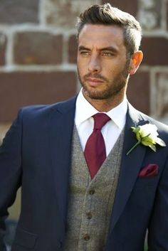 150 best groomsman poses for your wedding. Navy and burgundy wedding colors. Navy and burgundy groom suit inspiration. Groom suit with vest. Wedding Men, Trendy Wedding, Wedding Ideas, Men Wedding Attire, Wedding Planning, Men Wedding Suits, Wedding Dresses, Blue Suit Wedding, Bridesmaid Dresses