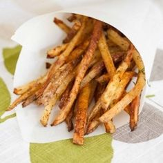 Crispy Oven Baked Garlic fries with Garlic Aioli - You'd never know this garlicky favorite was lightened up! #superbowl
