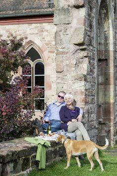 Für Auslauf ist in unserem Klostergarten im Kloster Hornbach auch genügend Platz! Für unsere Vierbeiner nur das Beste!