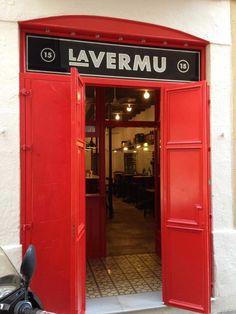 Vermutería del barrio de Gracia perfecta para tu vermut, aperitivo o momento tapeo