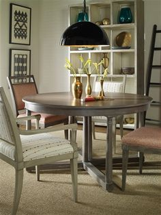 Vanguard Furniture: Room Scene CP_8708T_8323BC_V978S