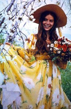 Ornella Muti Ornella Muti, Young And Beautiful, Gorgeous Women, Marlon Brando, Jane Birkin, Italian Actress, Jack Nicholson, Romantic Outfit, Susan Sarandon