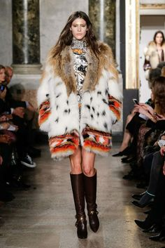 http://revistafuror.blogspot.com/2014/02/milan-fashion-week-emilio-pucci.html
