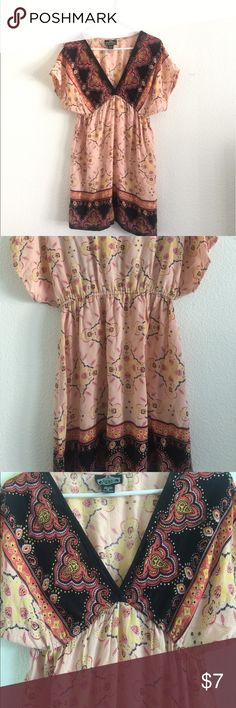 Pretty Patterned Dress size S peach, pink, yellow, lavender and black colored patterned dress. Light feeling and comfortable. Dresses Mini