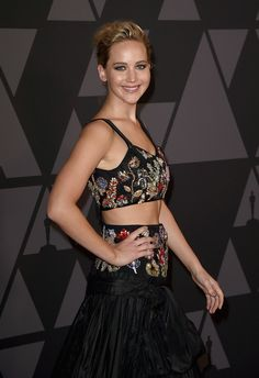 Jennifer Lawrence Photos - Jennifer Lawrence attends the Academy of Motion Picture Arts and Sciences' 9th Annual Governors Awards at The Ray Dolby Ballroom at Hollywood & Highland Center on November 11, 2017 in Hollywood, California. - Academy of Motion Picture Arts and Sciences' 9th Annual Governors Awards - Arrivals
