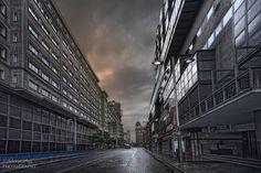 _MG_ 5704 Lonely streets. Calles vacías.Madrid. Size:8 MB 5616x3744. La calle Jacometrezo de Madrid cerca de Gran Vía. Una mañana fría de lluvia.