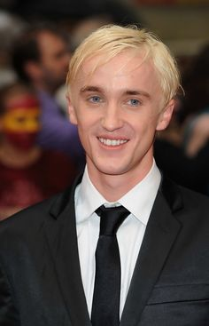 Tom Felton Photos - The premiere of 'Harry Potter and the Half-Blood Prince' at Odeon Leicester Square. - Half-Blood Prince Premieres in London Tom Felton Harry Potter, Harry Potter Draco Malfoy, Draco Malfoy Aesthetic, Deathly Hallows Part 2, Fan Picture, Hogwarts, Slytherin, Dramione, Harry Potter Universal
